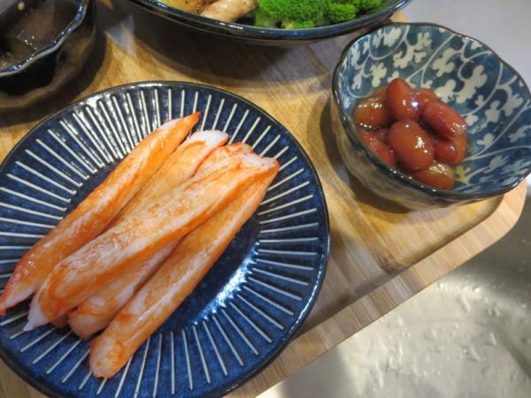 ほぼカニ、煮豆(市販)