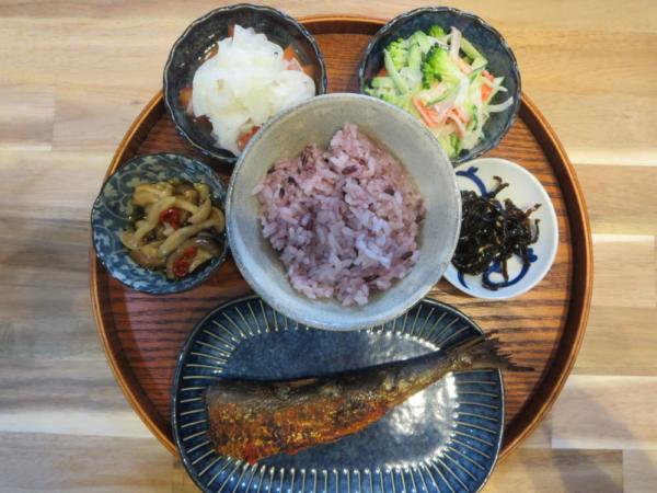 焼魚(いわし明太)の献立